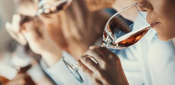feine-Weine-aus-Uebersee-probieren-bei-vinovossum