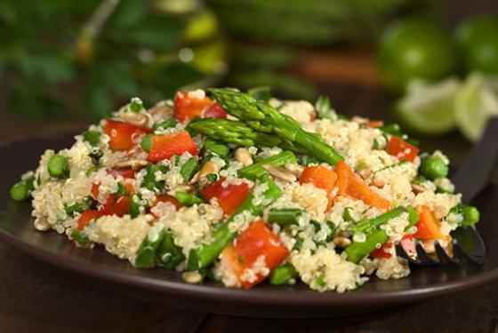 Quinoa-Spargel-von-vinovossum